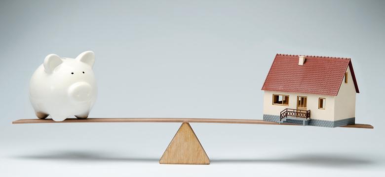 केवल कीमत देखकर न लें घर खरीदने जैसा  महत्वपूर्ण निर्णय- जानें क्यों !